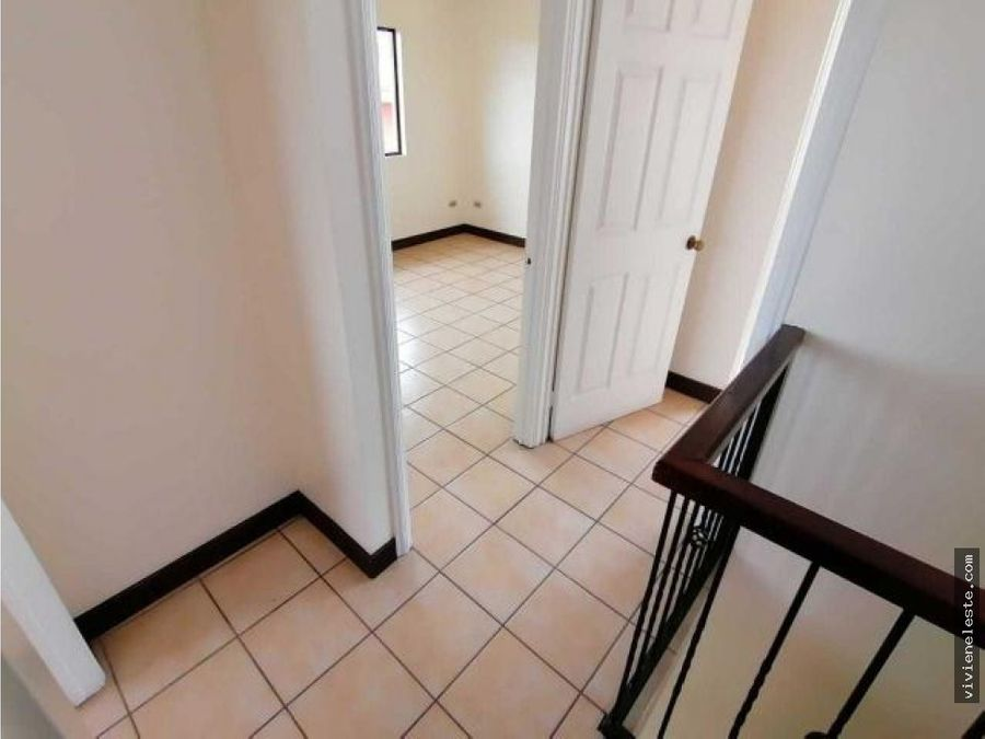 venta de casa en sabanilla residencial