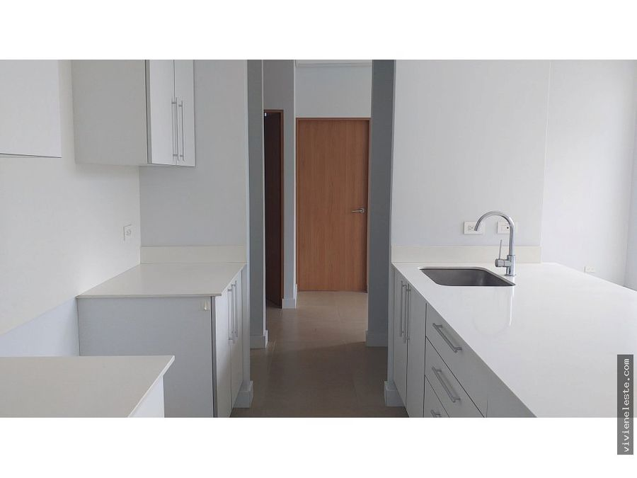 venta de apartamento en vive sabanilla