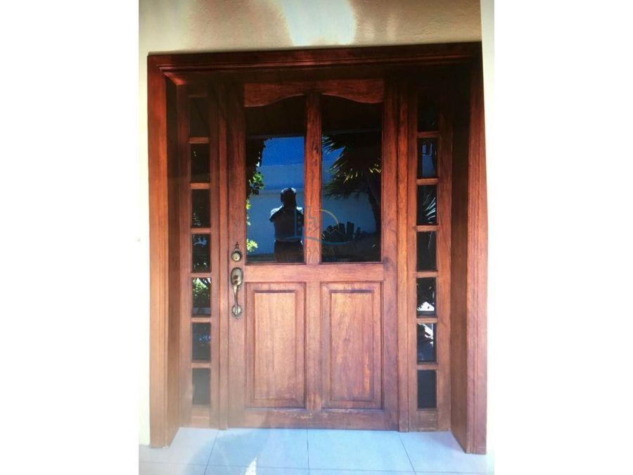 hermosa casa de venta en cumbaya santa lucia 1