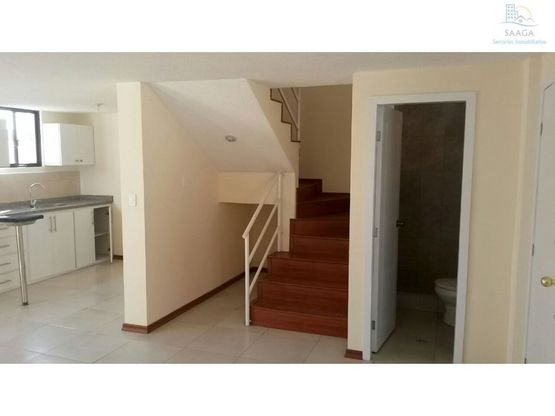 bonita casa en venta sector conocoto