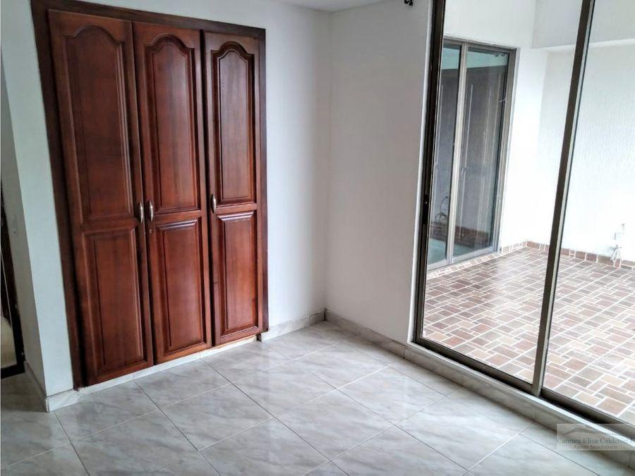 se vende apartamento duplex en alamos pereira