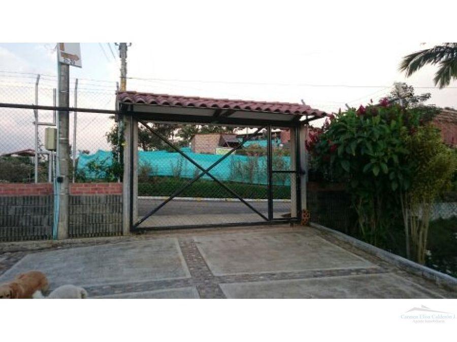 se vende casa campestre en punto 30 via armenia