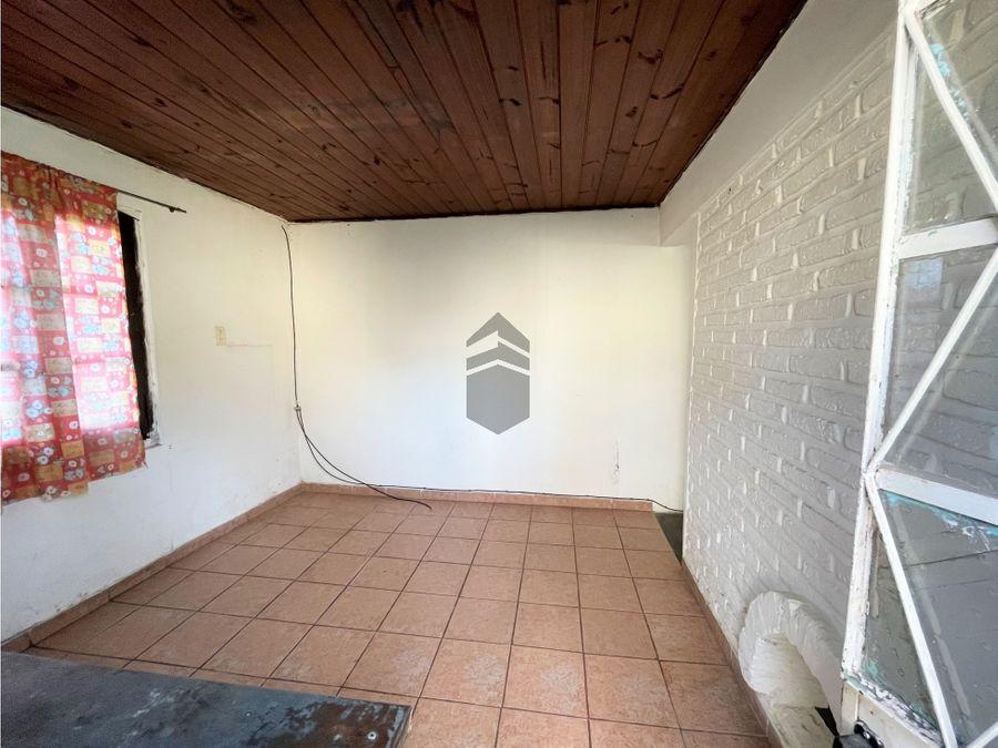 en venta casa a reciclar con tres departamentos en tandil