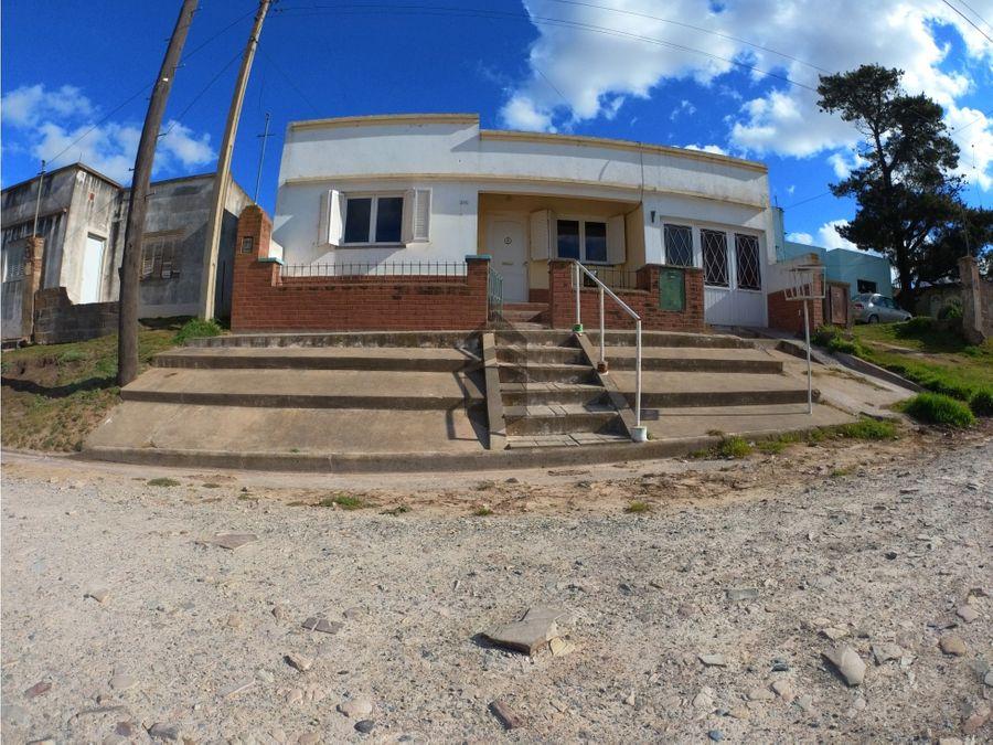 en venta casa en villa cacique