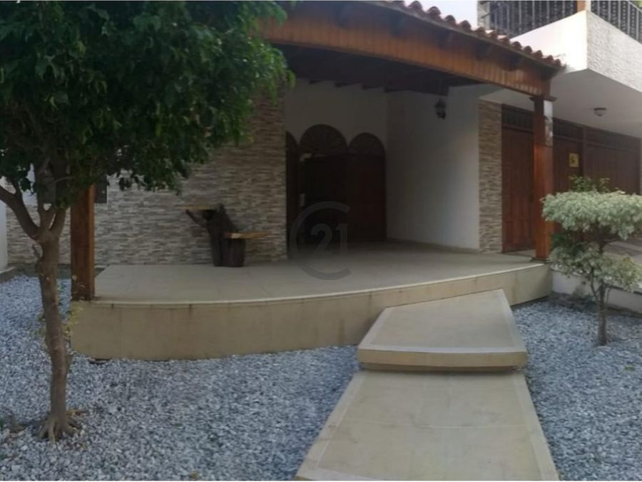 se vende casa para negocio 504 mt2 jardin santa marta colombia