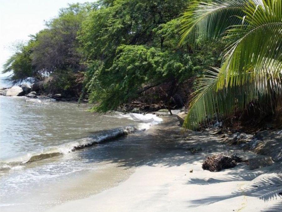 se vende lote 339 mt2 frente al mar santa marta colombia