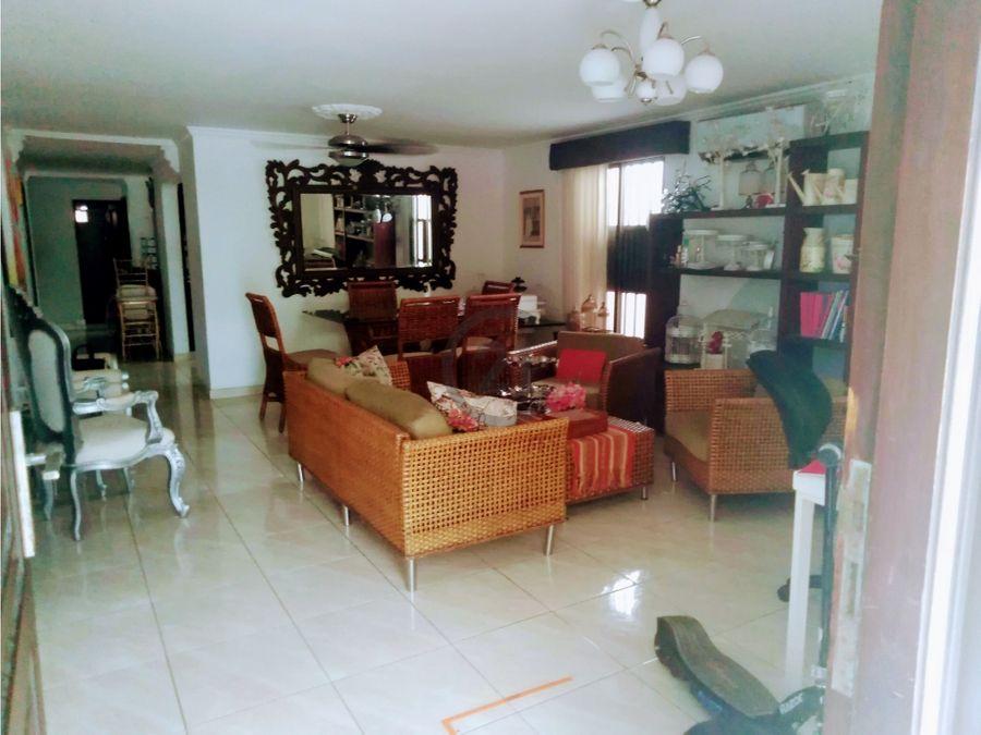 venta casa amplia