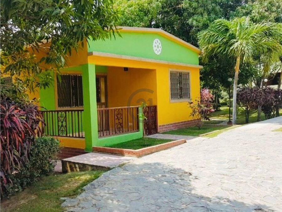 se vende cabana 15000 mt2 ideal para hostal bonda santa marta