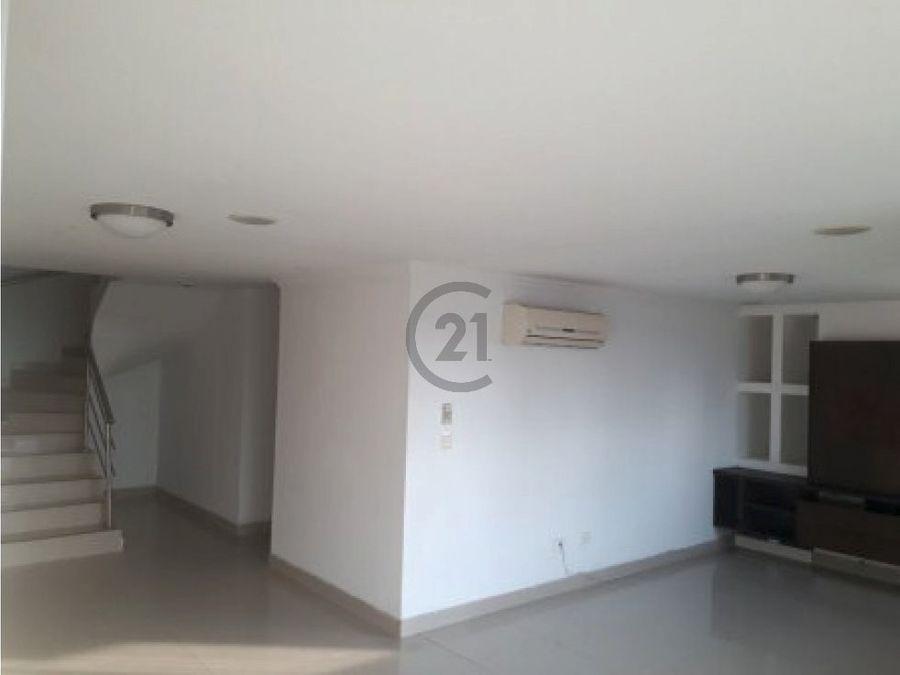 se vende duplex en villa santos barranquilla