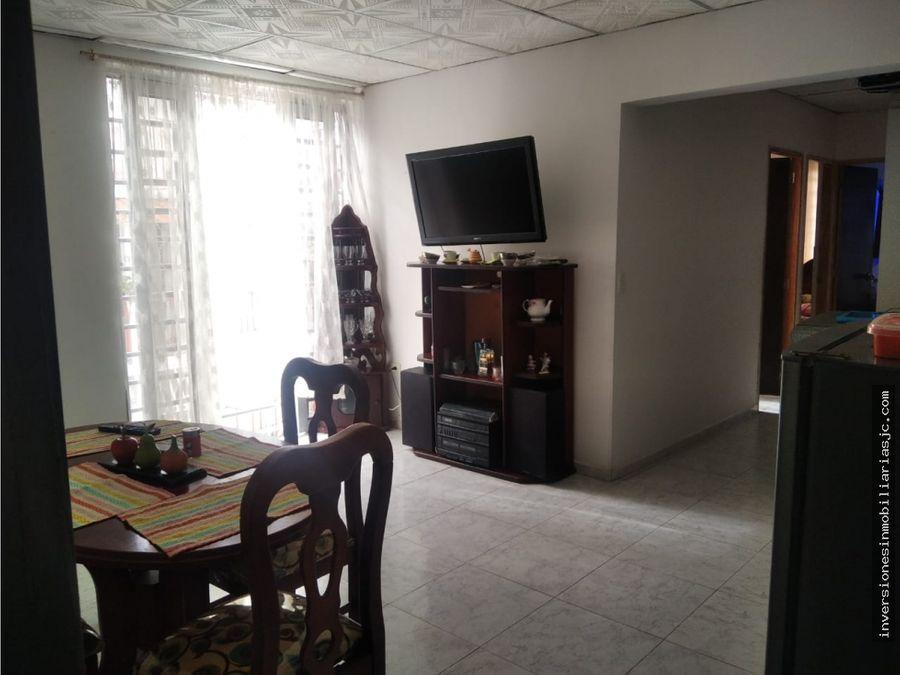 venta casa esquinera con 4 apartamentos y lote b arcades sur