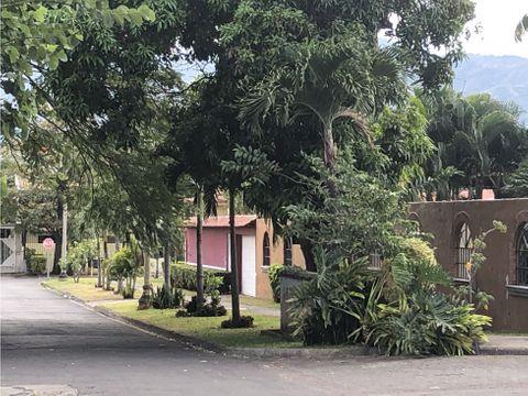 casa a la venta santa ana residencial privado