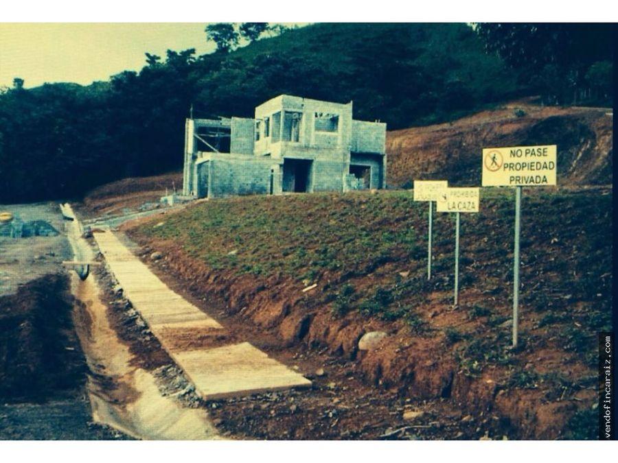 proyecto de casas en playa morrillo panama