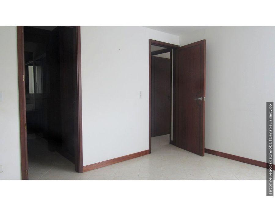 venta de apartamento en pinares pereira