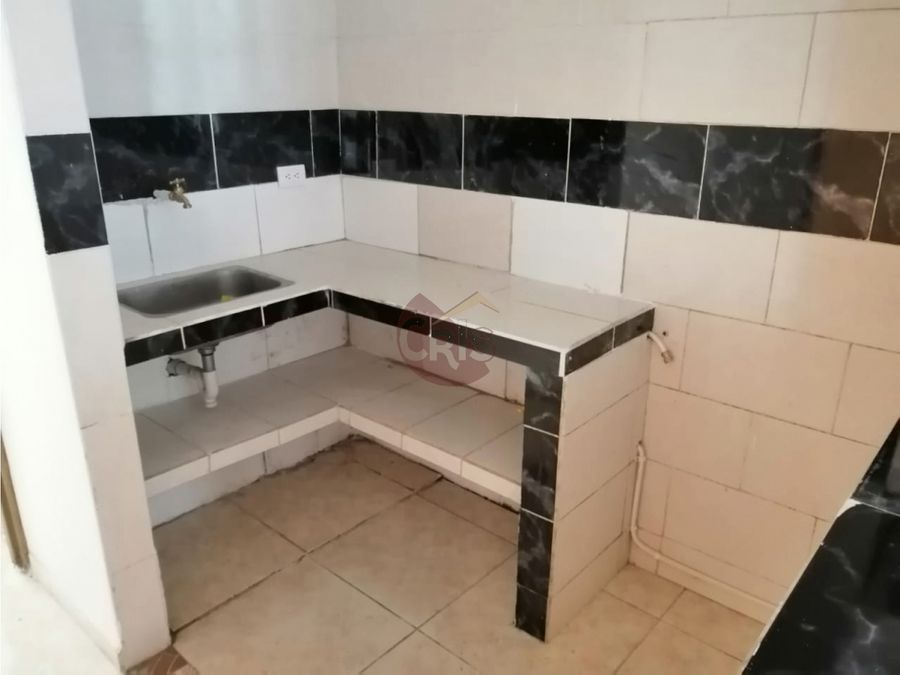 vendo casa bifamiliar dos pisos en balcones de la villa calarca q