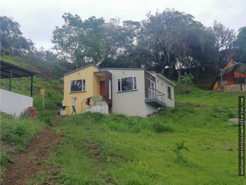 se vende cabana en moniquira boyaca