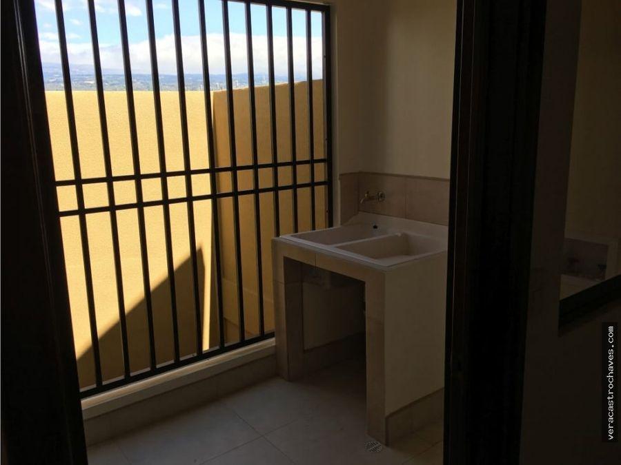 rento apartamento nuevo 200m de walmart y oxigeno