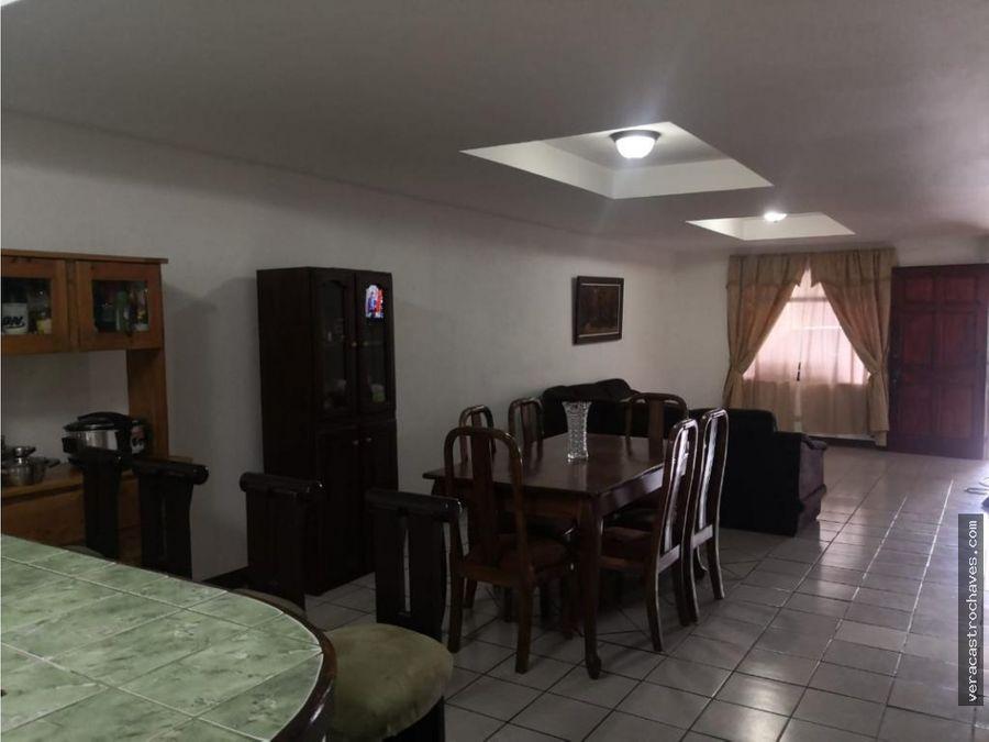 casa en venta en 5esquinas aserri sanjose ruta209 a tarbaca costarica