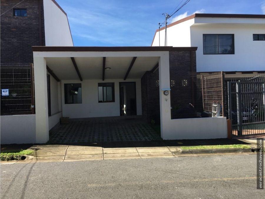 vendo casa en residencial santa paula ii san pablo barva heredia