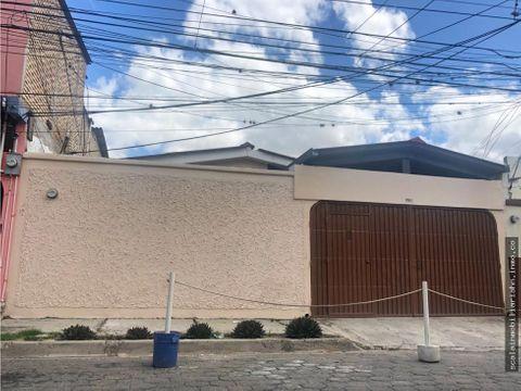 casa en venta ubicada en col america