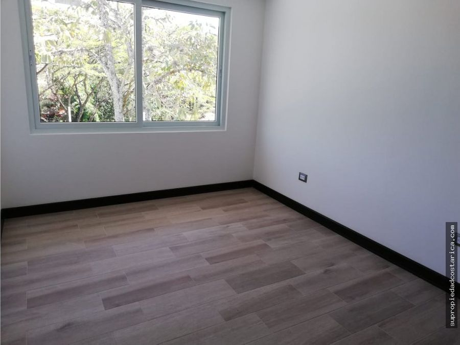 casa nueva en santa ana en condominio