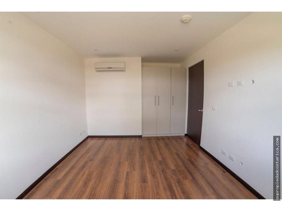 venta de apartamento en santa ana bosques del carao