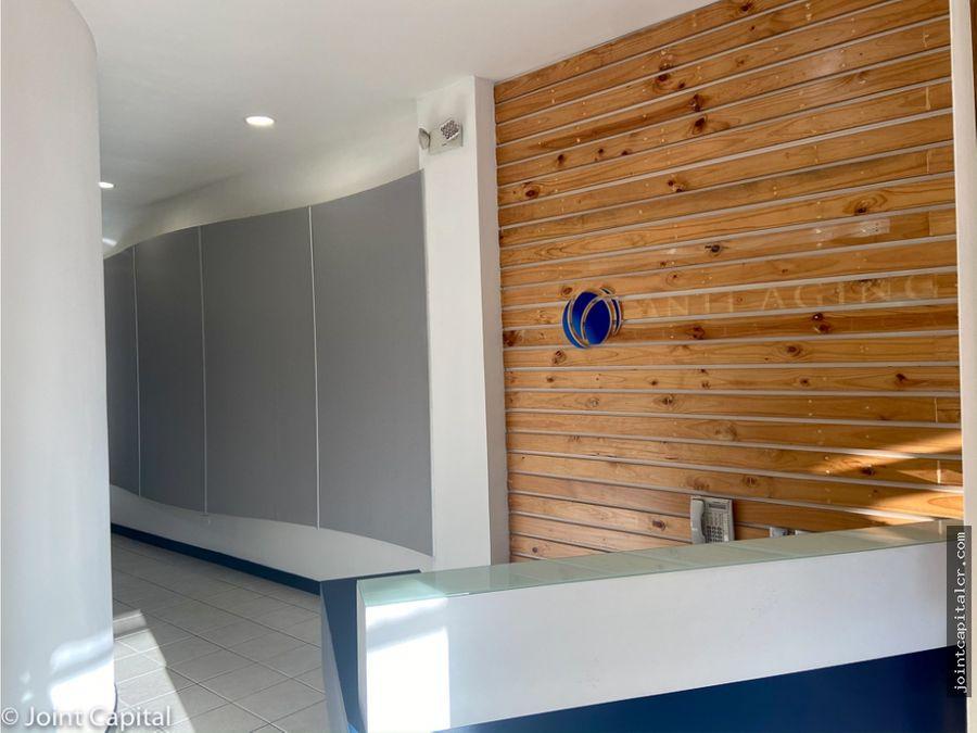 alquiler de local 100 m2 para consultorio en plaza comercial