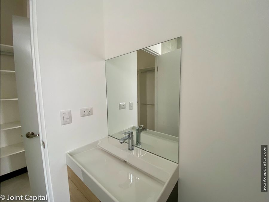 alquiler de casa a estrenar 3 habitaciones en condominio en moravia