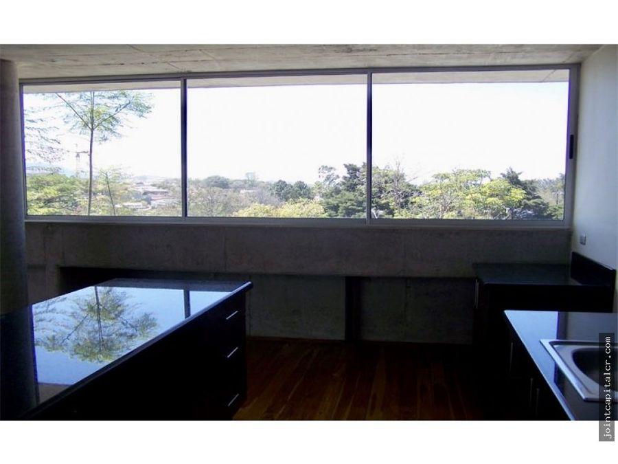 apartamento en urbanizacion en la uruca