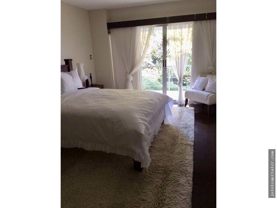 casa amueblada con dos apartamentos en laureles