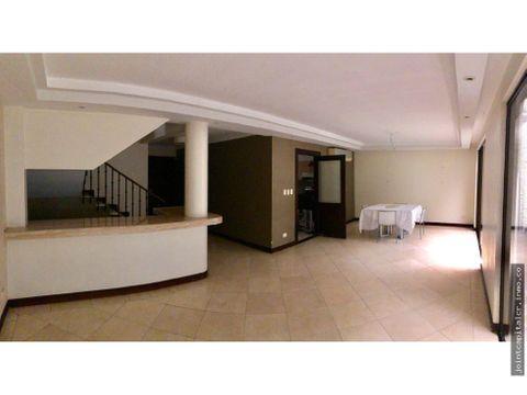 casa tipo townhouse 3 niveles en condominio