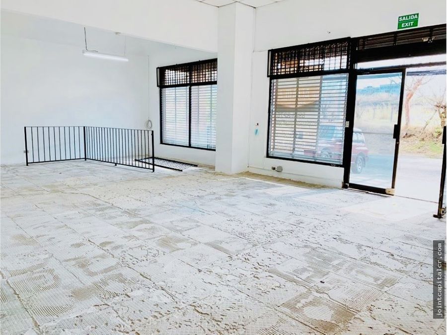ofibodega 250 m2 en zona comercial e industrial
