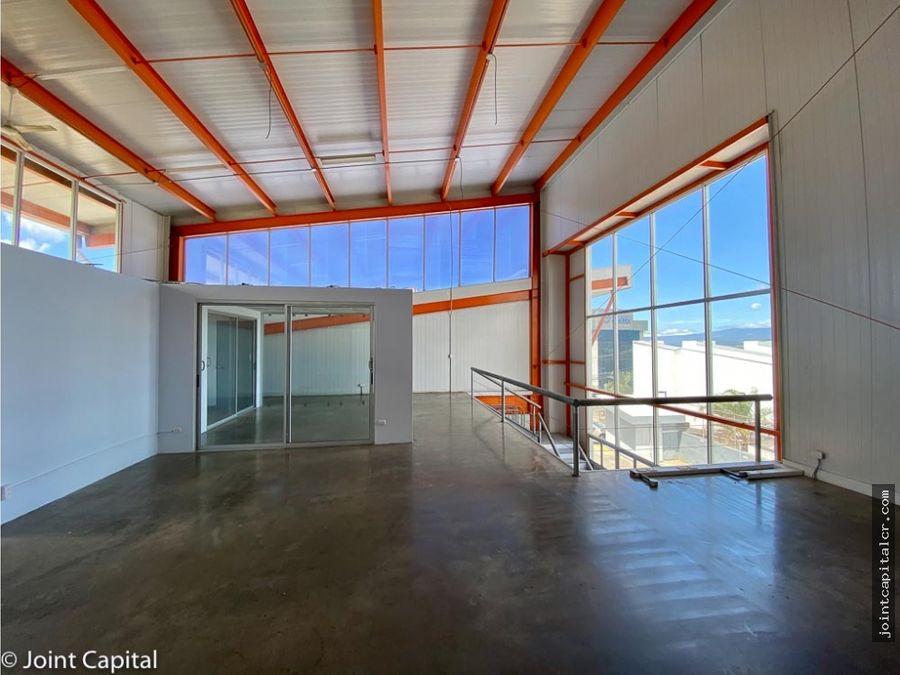 alquiler de ofibodega 250 m2 con mezzanine y oficinas escazu