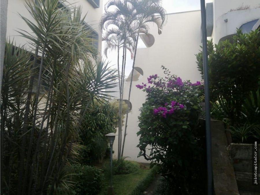 venta apartamento 3 habitaciones condominio en los yoses san jose