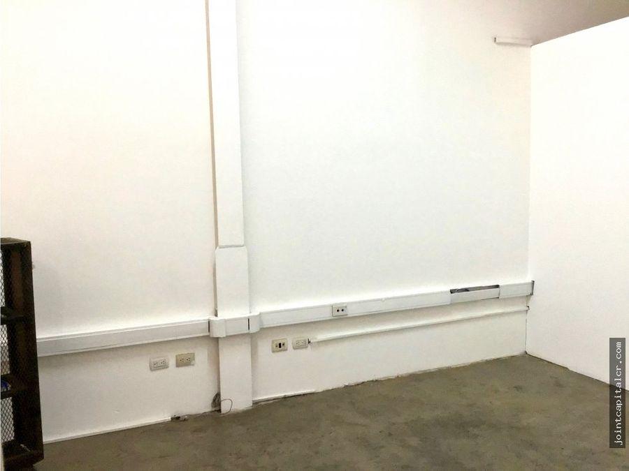 ofibodega 130 m2 en zona comercial e industrial