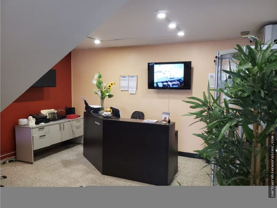 venta de casa oficina local centrico