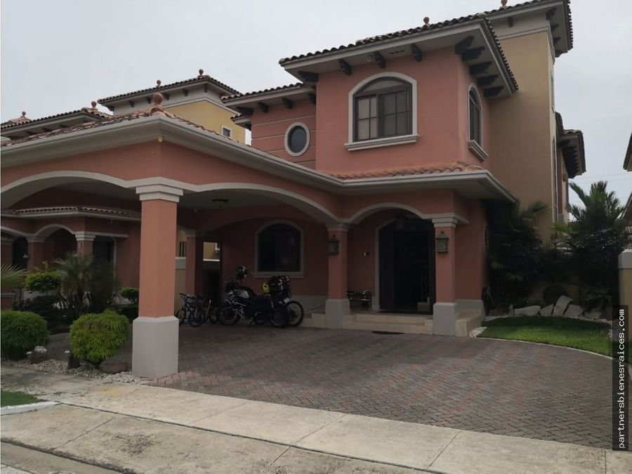 alquiler casa en costa sur