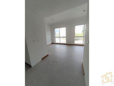apartamento los naranjos de las mercedes 62 m2