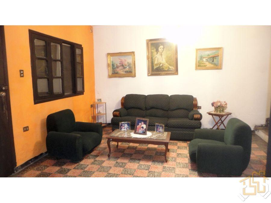 venta casa 342 m2 urb los castanos el cementerio