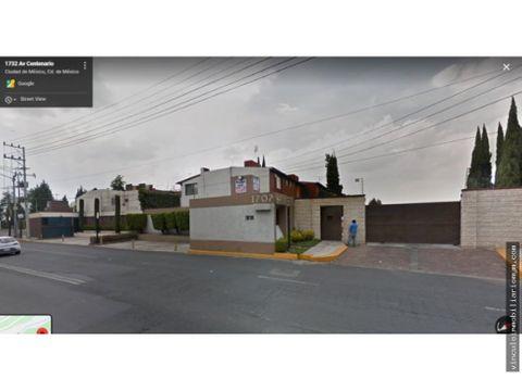 amplia casa en lomas de tarango