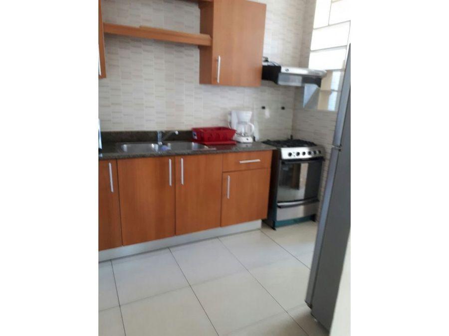 apartamento en alquiler amoblado san francisco 93 mts2 900 vl