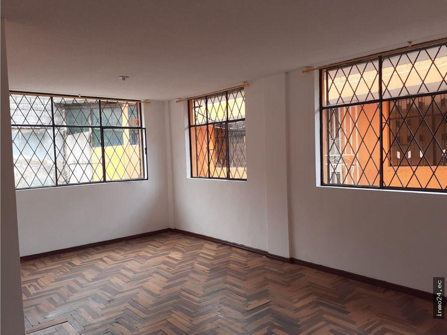 venta de casa mercado mayorista sur de quito
