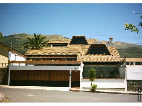 venta casa amplia sector pinar bajocentro nortequito