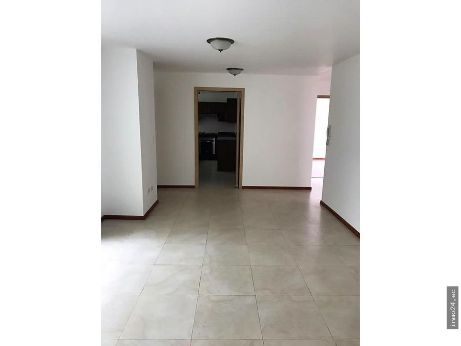 en venta departamento de 3 habitaciones sector ute