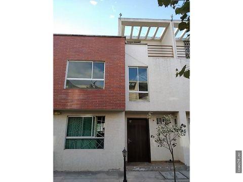 en venta casa sector calderon 3 plantas 4 dormitorios