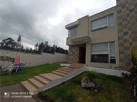 venta casa moderna sector parque de la moya puente 9