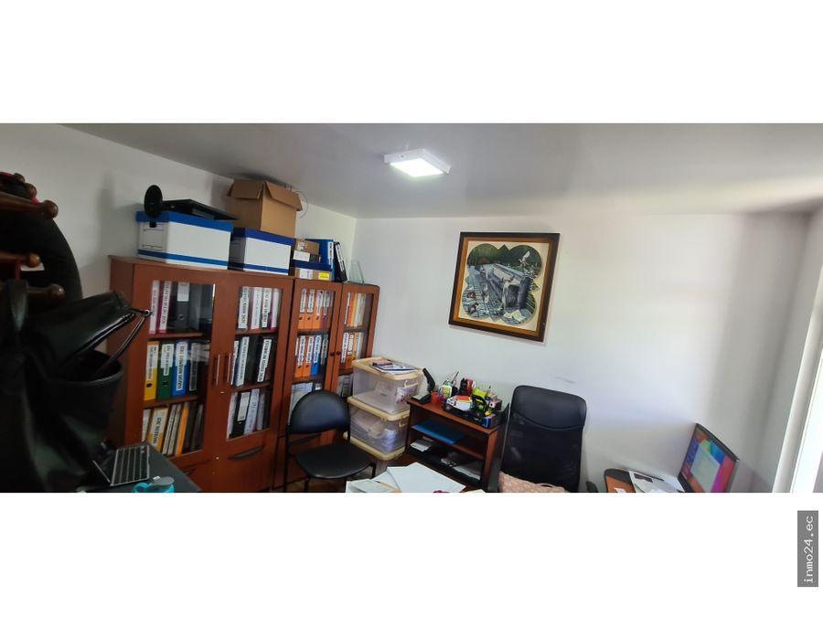 venta de casa bifamiliar urbanizacion lumbisi cumbaya