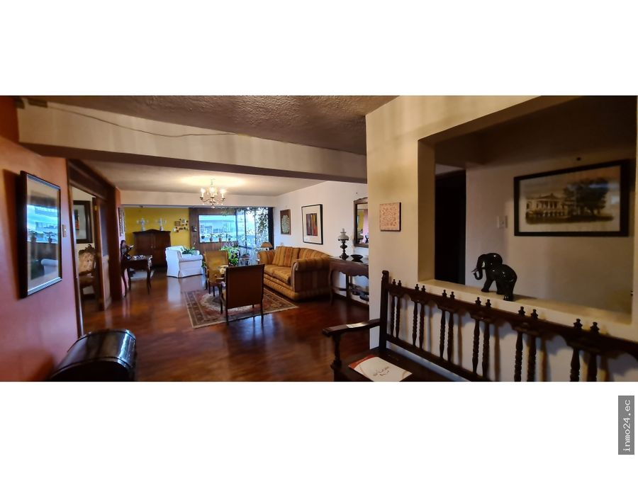 venta departamento amplio piso alto sector hotel quito centro norte