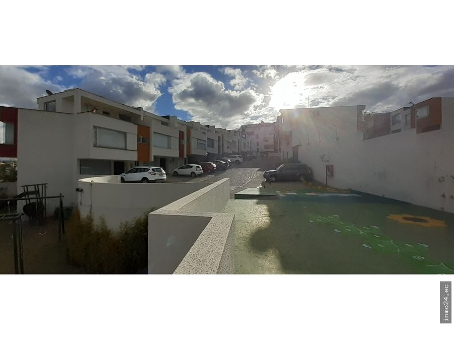 venta departamento con terraza uso exclusivo colegio sek quito