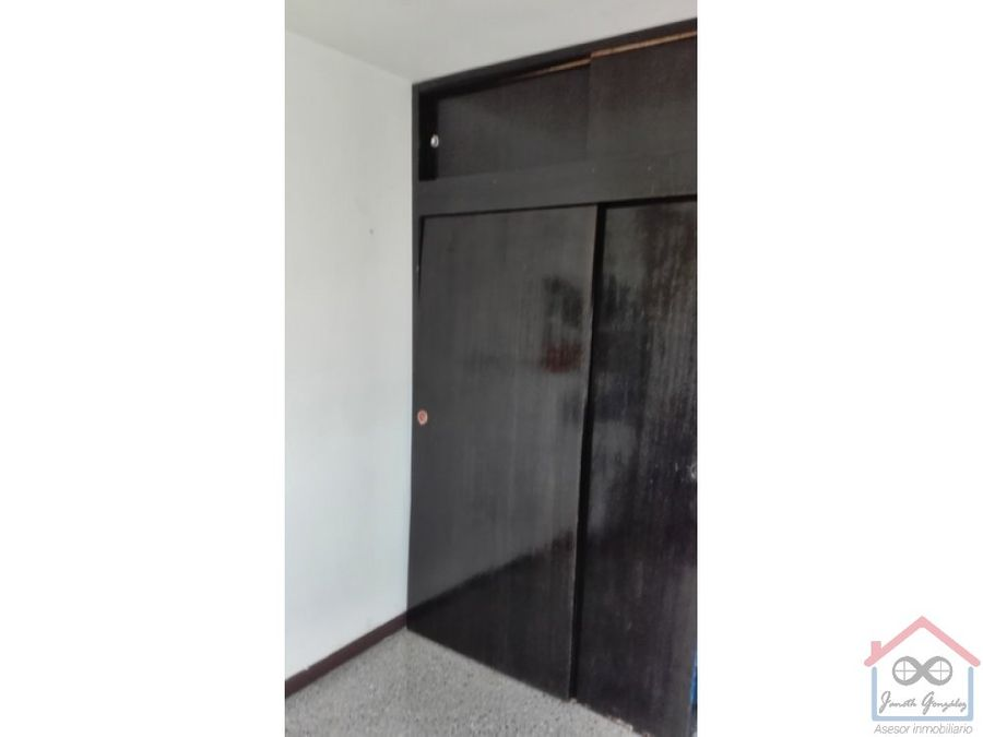 en venta comodo apartamento en urbel sisal