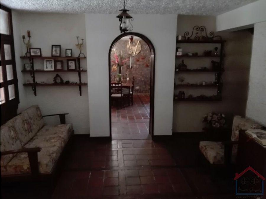 en venta espaciosa casa manzano agradable clima